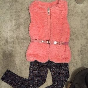 Beautees Faux fur vest and fairisle legging set